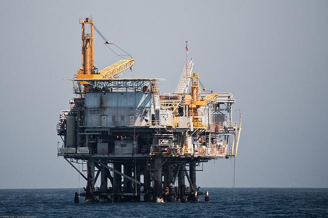 Oil Platform by Mikebaird, via Flickr CC.